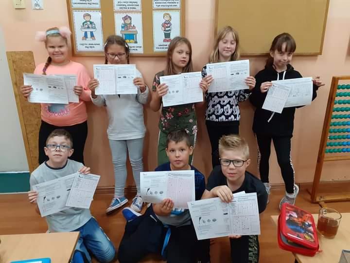 uczestnicy konkursu Świetlik