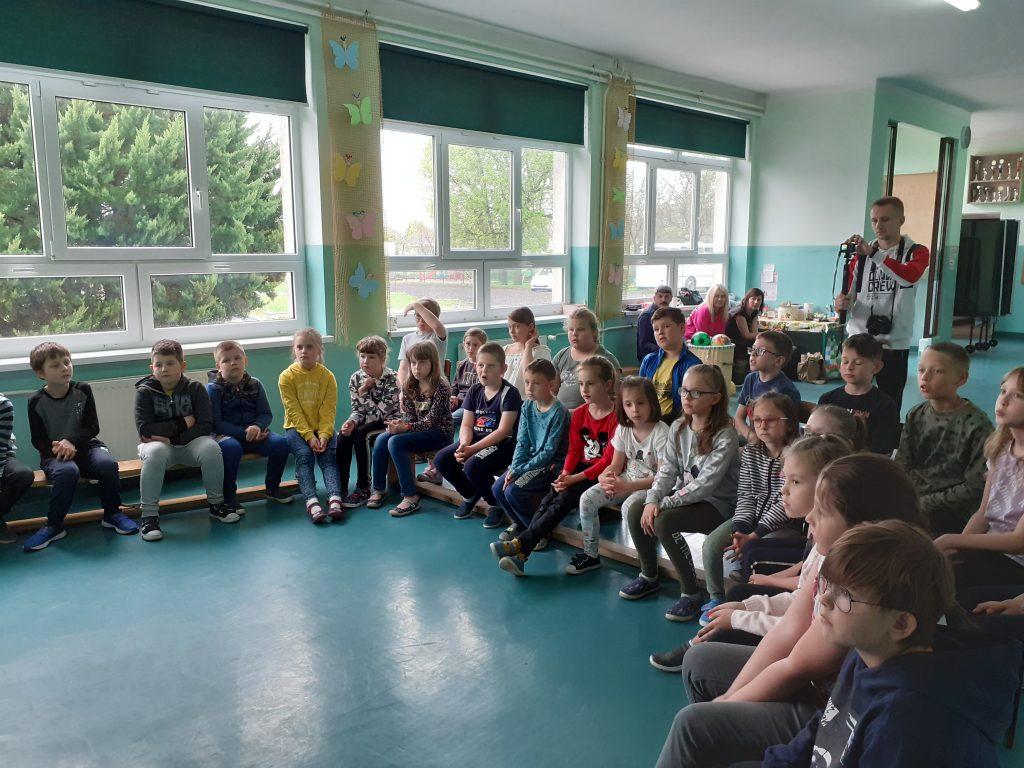 Uczniowie klas 1-3 obecni na spotkaniu